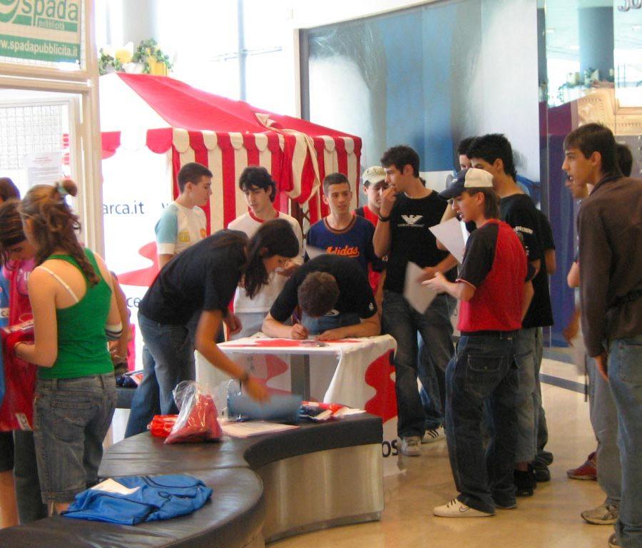 eventi-gioco-jorkyball-centro-commerciale-4