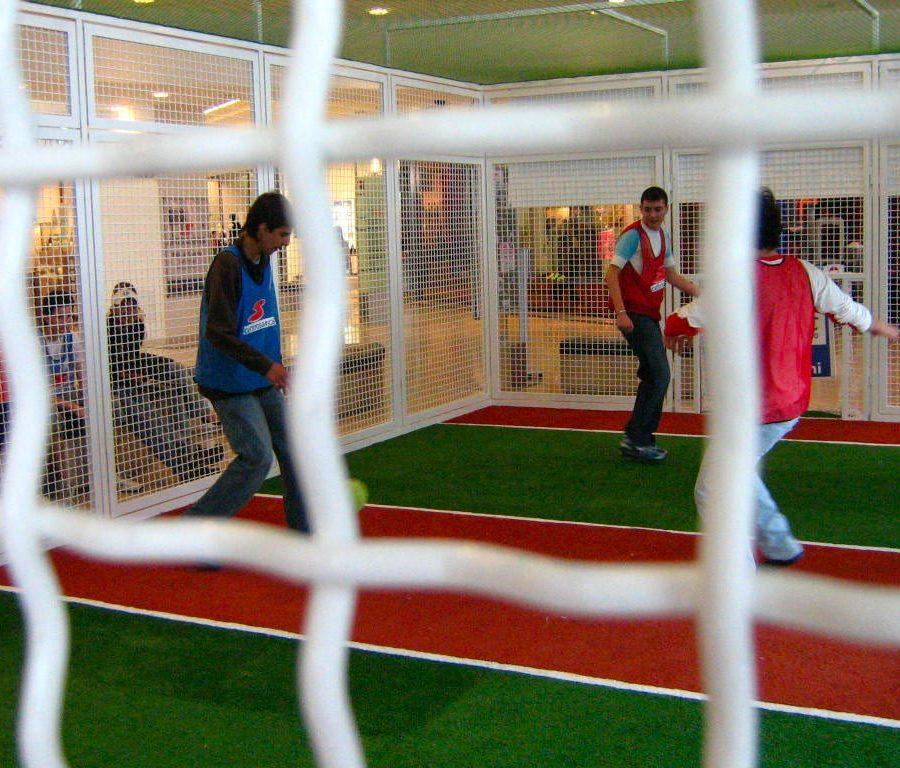 eventi-gioco-jorkyball-centro-commerciale-7