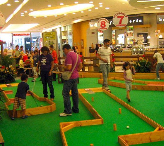 eventi-gioco-minigolf-centro-commerciale-1