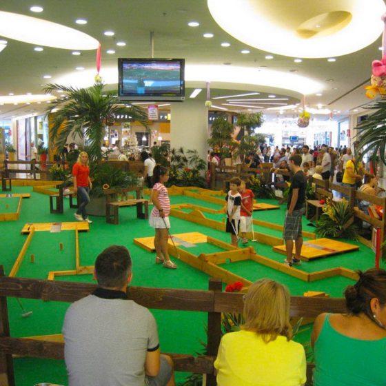 eventi-gioco-minigolf-centro-commerciale-2