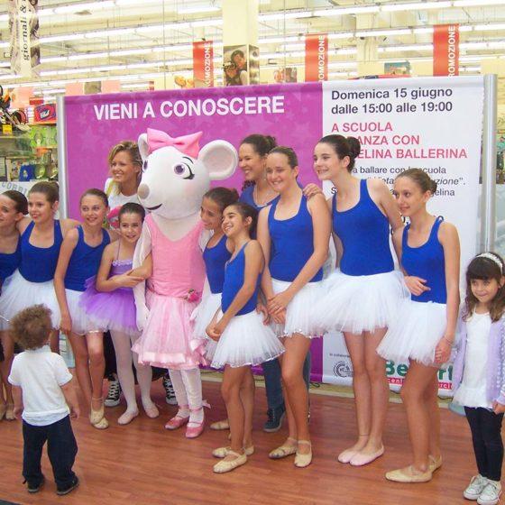 evento-con-Angelina-Ballerina-al-centro-commerciale-5