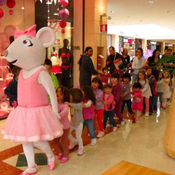 evento-con-Angelina-Ballerina-al-centro-commerciale-8