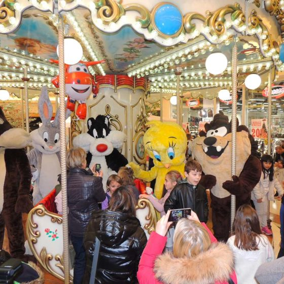evento-con-Looney-Tunes-al-centro-commerciale-2