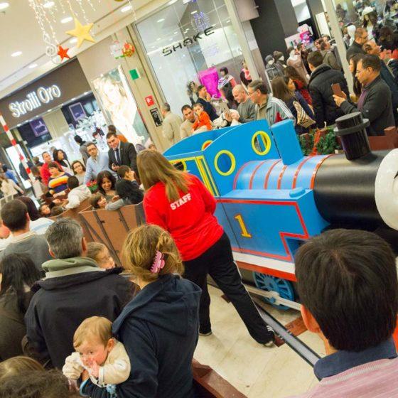 evento-con-trenino-Thomas-al-centro-commerciale-5