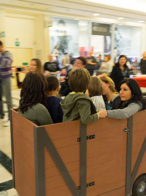 evento-con-trenino-Thomas-al-centro-commerciale-7