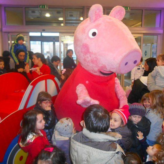 evento-concorso-cartoni-Peppa-Pig-centro-commerciale-3