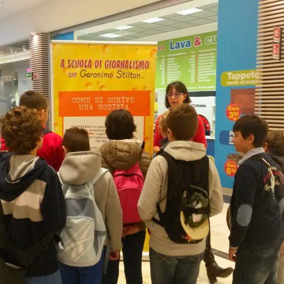 evento-giornalismo-con-Geronimo-Stilton-al-centro-commerciale-11
