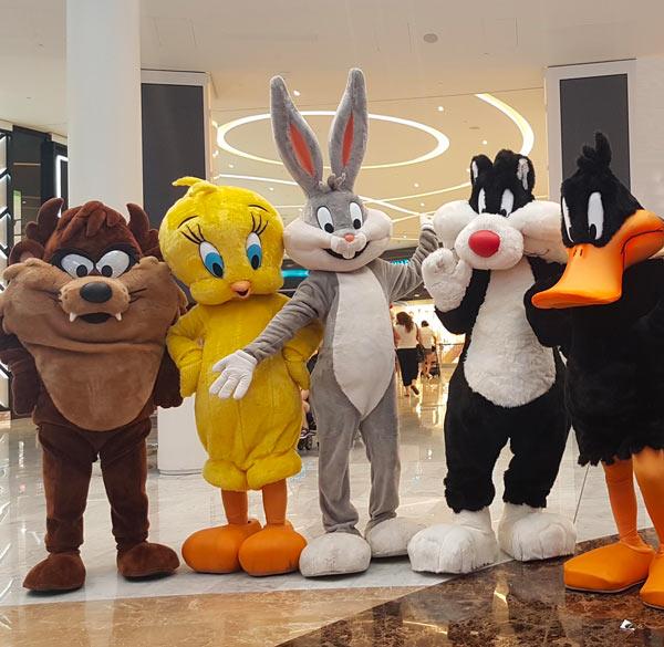 organizzazione-eventi-con-personaggi-Looney-Tunes-nei-centri-commerciali